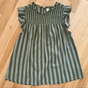 Old Navy smocked front top
